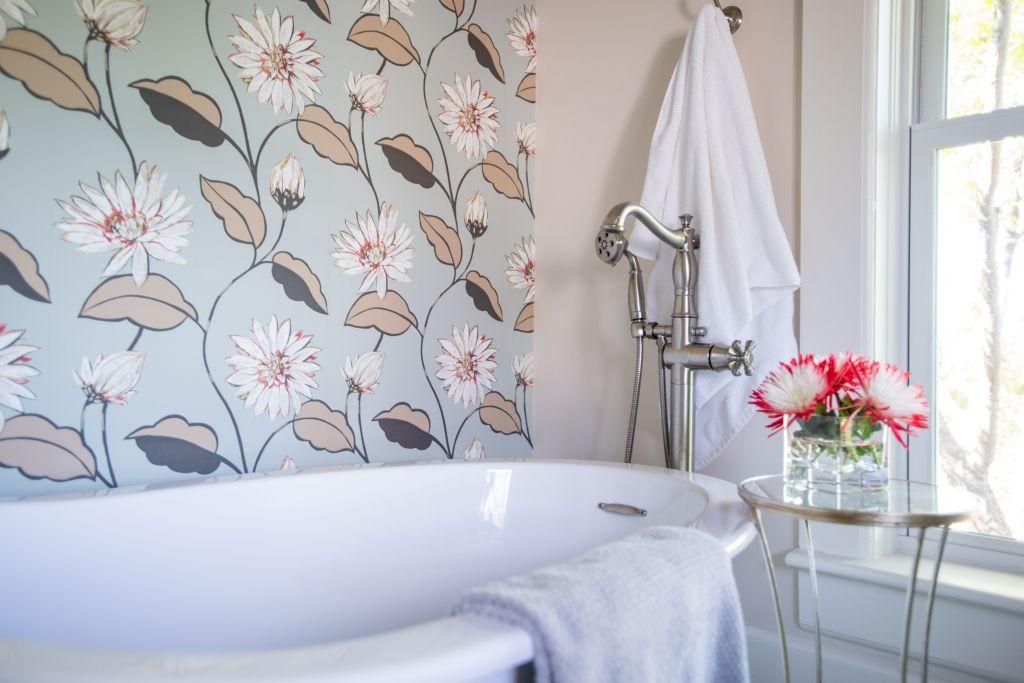 Large Scale Floral wallpaper in Denver Bathroom